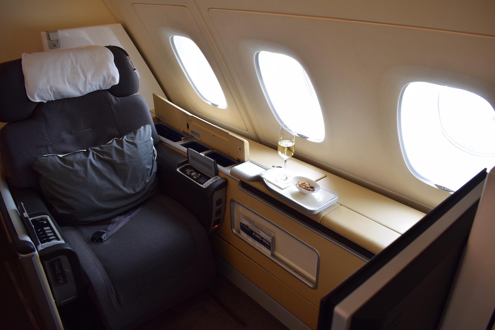 Ein EXZELLENTER Lufthansa / Swiss First Sale ab Stockholm